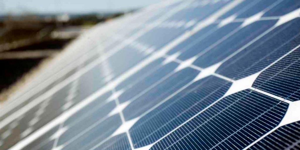 Todos los componentes que pueden formar una instalación fotovoltaica